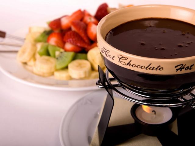афродизиаки - фото шоколадного фондю