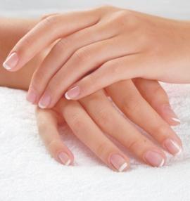 белые пятна на ногтях: причины, что делать