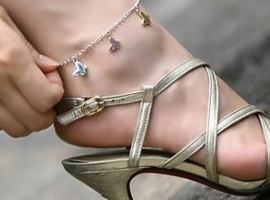 Секс цепочки на ногах