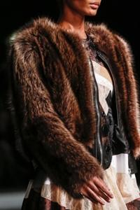модные шубы 2013-2014 фото