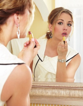 макияж для круглого лица, как сделать макияжем лицо худее