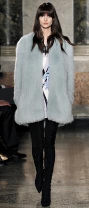 модные светлые шубы 2013-2014 фото