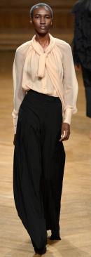 модные блузки осень-зима 2013-2014 с бантом на шее фото