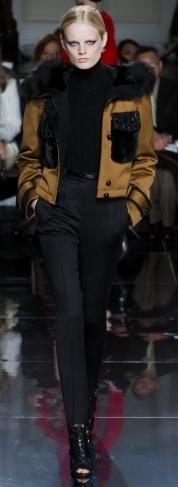 модные куртки зима 2013 с меховой отделкой фото