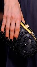 тренды маникюра осень-зима 2013-2014: черный цвет лака для ногтей фото