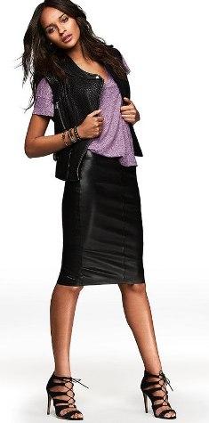 кожаная юбка с жилеткой и футболкой фото