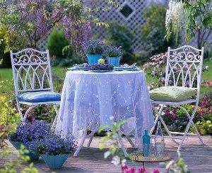 металлическая оригинальная садовая мебель для дачи фото