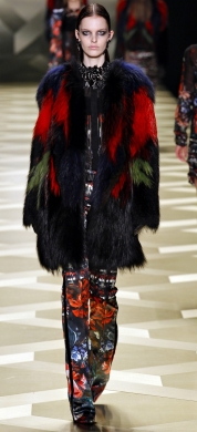фотографии модных разноцветных шуб зима 2013-2014