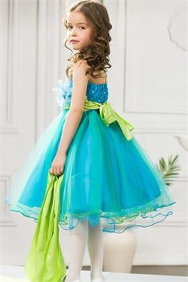 Платье для выпускного в детском саду