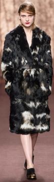 модные шубы 2014 из меха с длинным ворсом фото