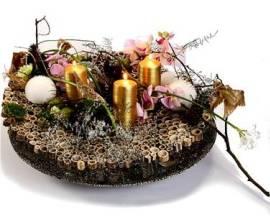 Новогодний декор «от кутюр», прекрасные искусственные ели и магия свечей