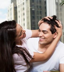 День поцелуев и подарок для любимого