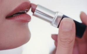 Помада для губ, состав помады для губ, как красить губы правильно