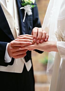 История обручальных колец, выбор материала для свадебных колец