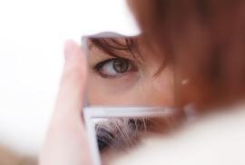 Как правильно красить глаза тушью: советы и видео