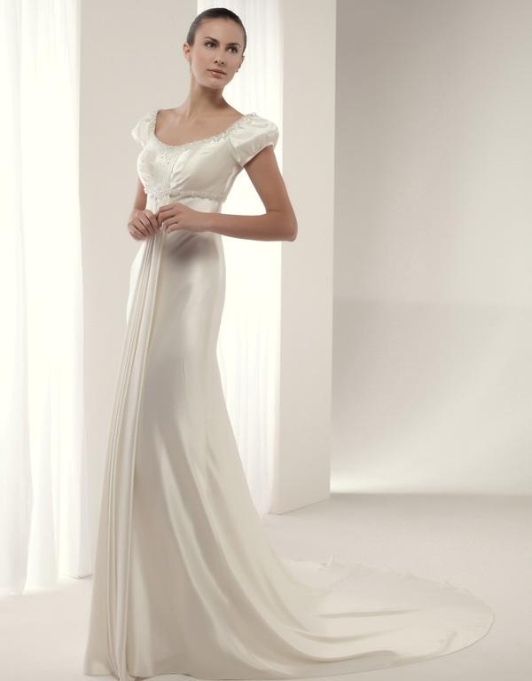 Свадебное платье с рукавами - фонариками.