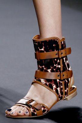 Модная женская обувь весна-лето 2013 (последние тренды в 28 ... 3e2f188d80e