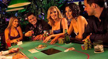 Покер – подарок для приятного времени в приятной компании