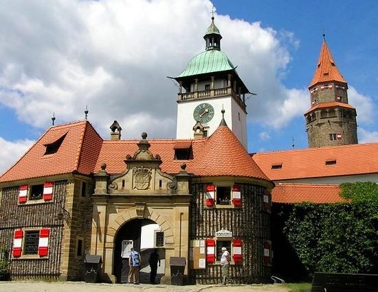 Сувениры из Чехии, что привести из Праги и других чешских городов