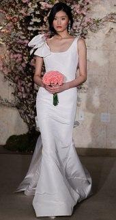 В самых последних коллекциях свадебных платьев 2012 немало моделей с...