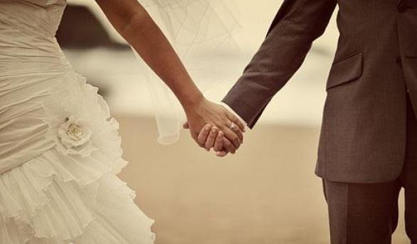 Свадебные подарки-обереги, дарим необычные талисманы для семейного счастья