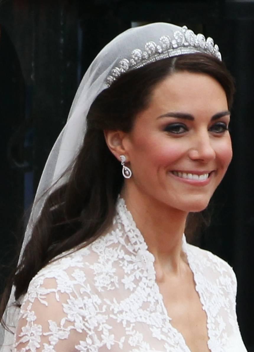 Свадебный макияж Золушки: образ невесты от Кейт Миддлтон