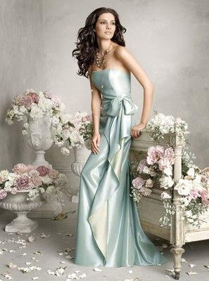 фото свадебных весенних платьев
